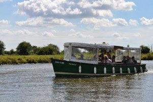 Fairhaven Woodland and Water Garden Boat Trip